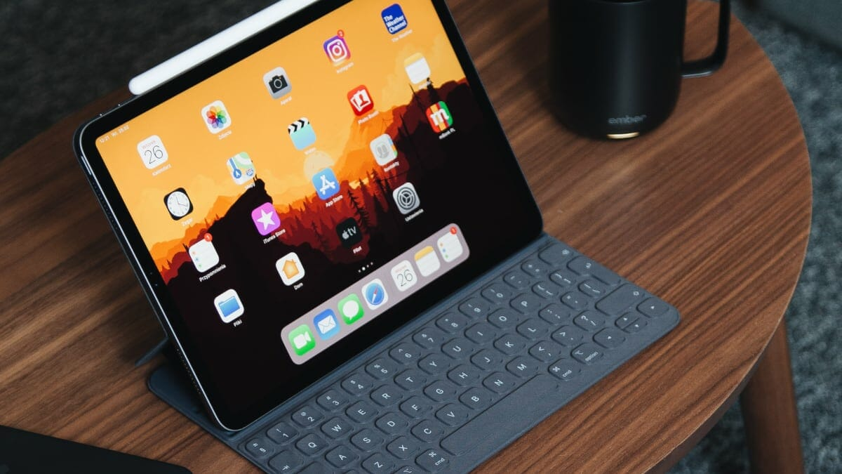 5 Best USB-C Docking Stations To Buy For Apple iPad Pro